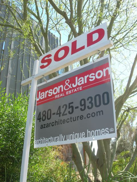 How to sell your home in a challenging market.